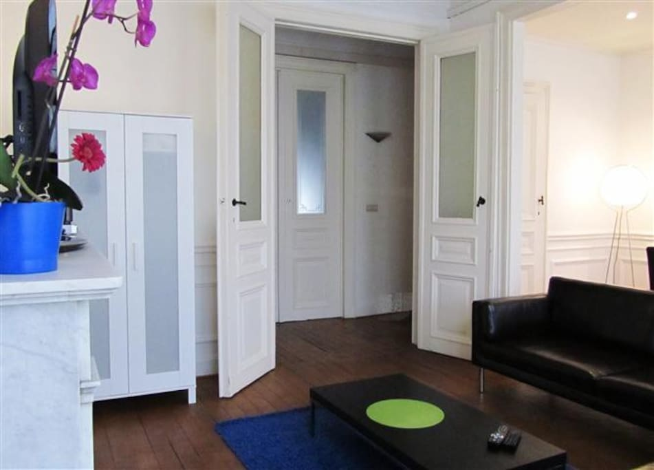 3 bedroom flat in the city centre appartements louer bruxelles bruxelles belgique. Black Bedroom Furniture Sets. Home Design Ideas