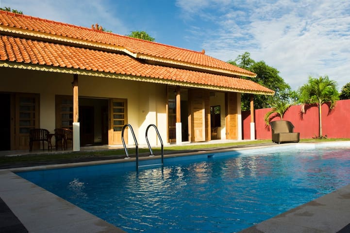 Deluxe 4-person Villa - Fully Private Pool!