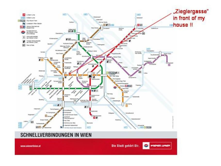 Die Wohnung liegt direkt an der U-Bahn-Linie U3