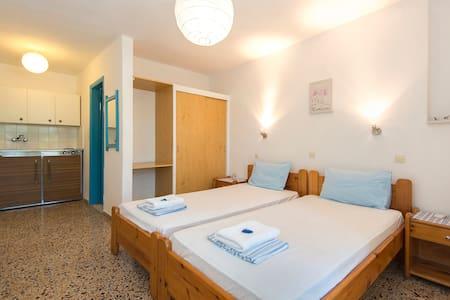 studio-2 single beds - Ialysos - Other