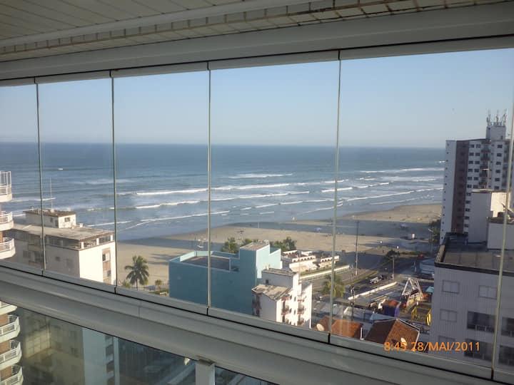 Lindo Apartamento na Praia Grande com WIFI