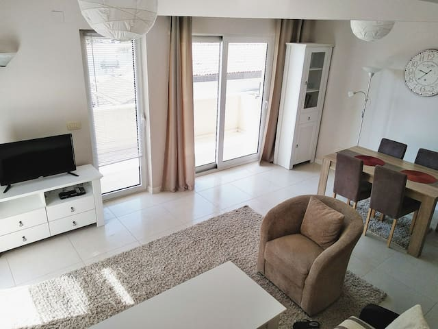 Nice & New apartment in Budva
