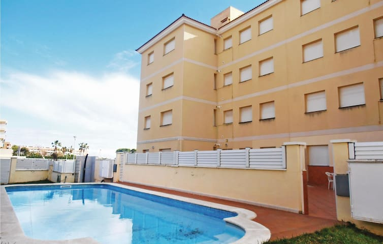 Holiday apartment with 3 bedrooms on 73 m² in Cunit