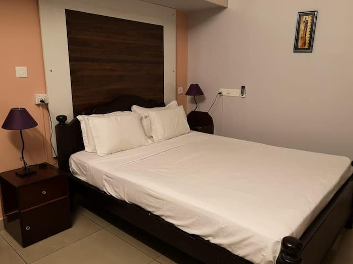 master Bedroom in LAYLIVILLA