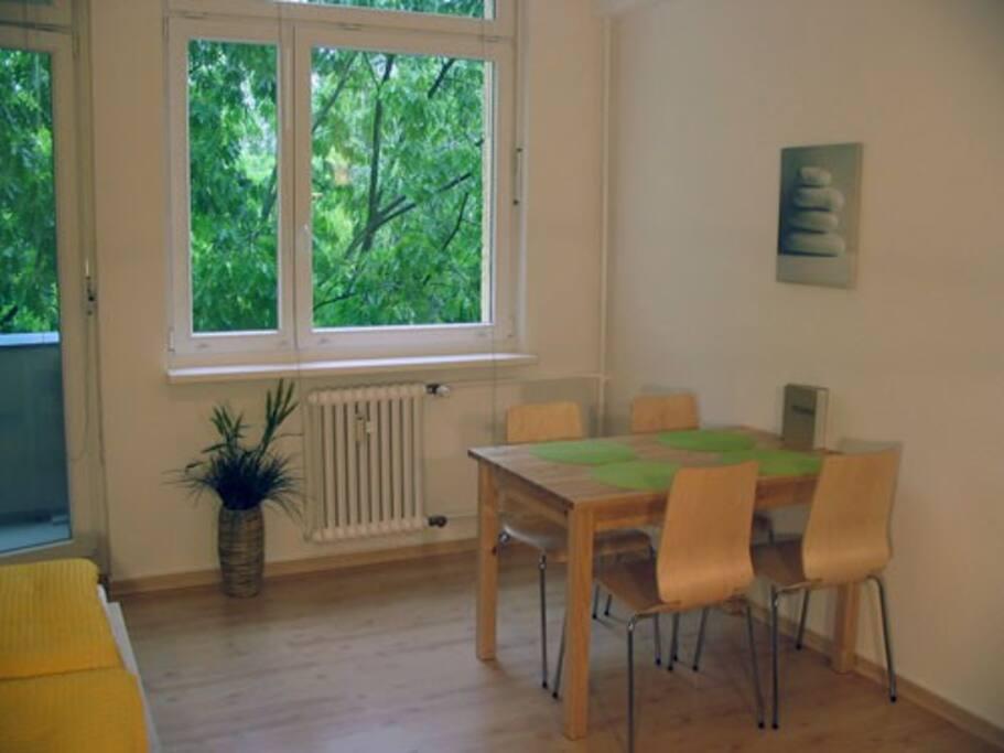 Studio-Apt. Spreebogen-3, Essbereich