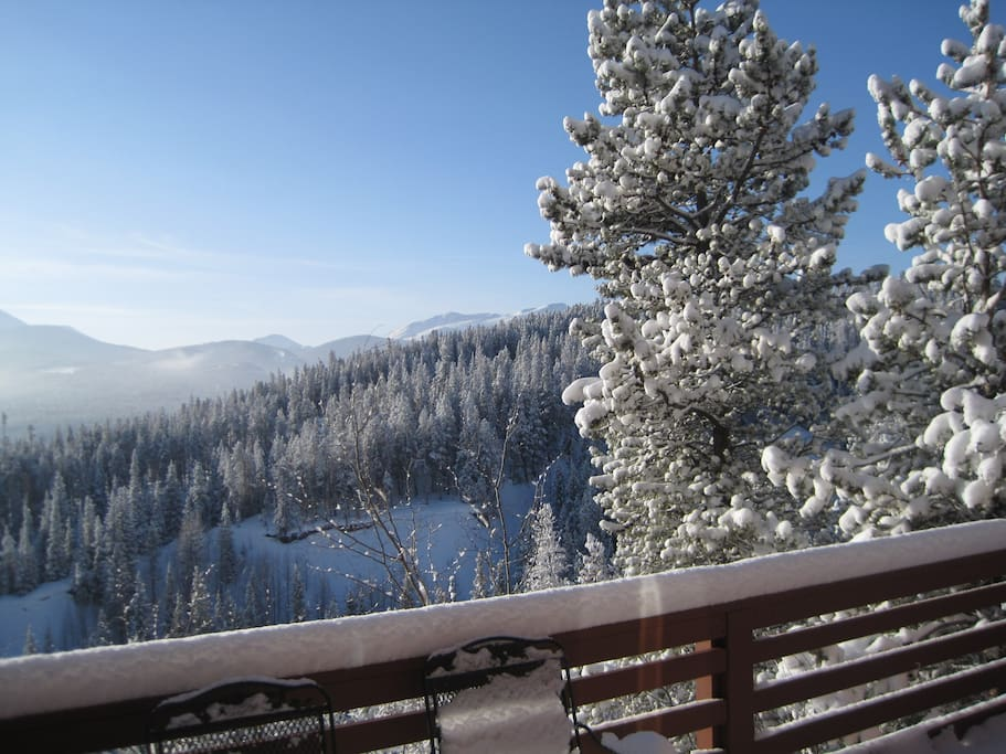 Bluebird morning, will you be making first tracks?
