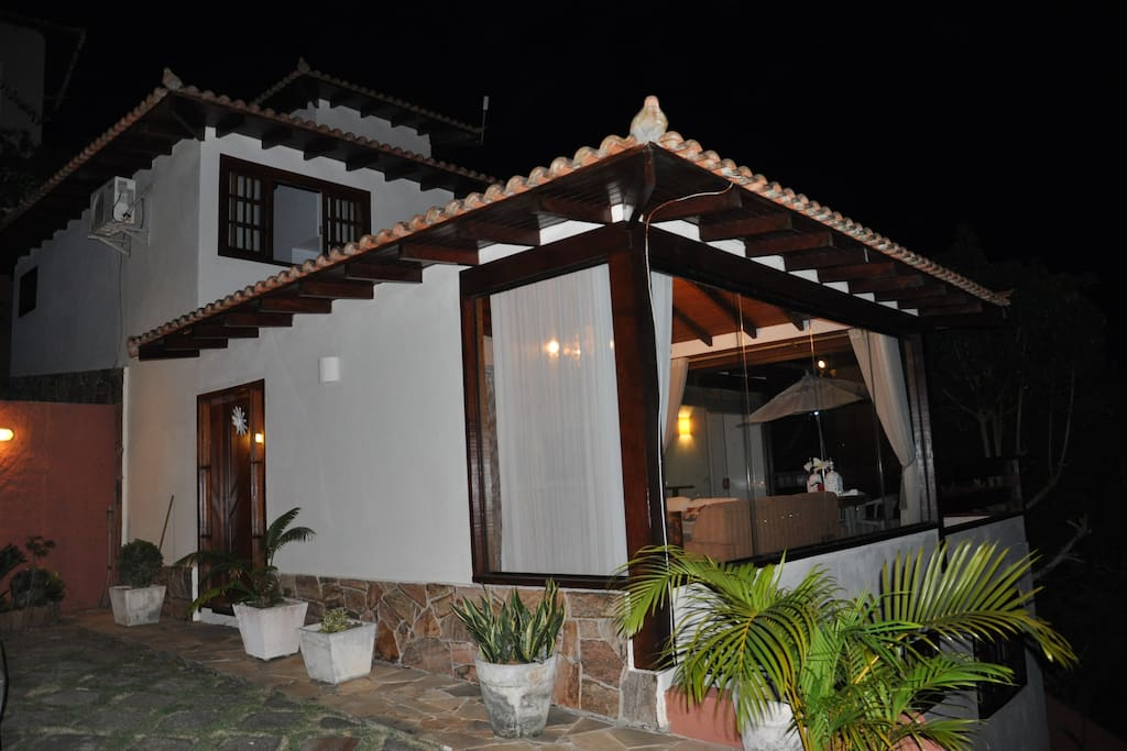 Outside looking in. Privacy but minutes from Ruas Das Pedras