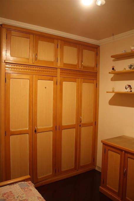 armários do quarto