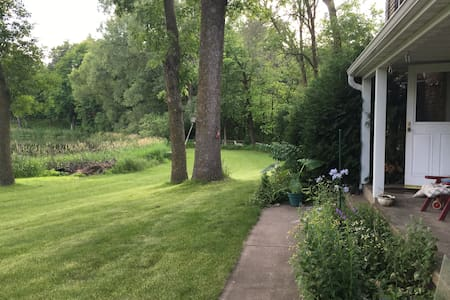 Lake view from your room and separate bath - Shorewood