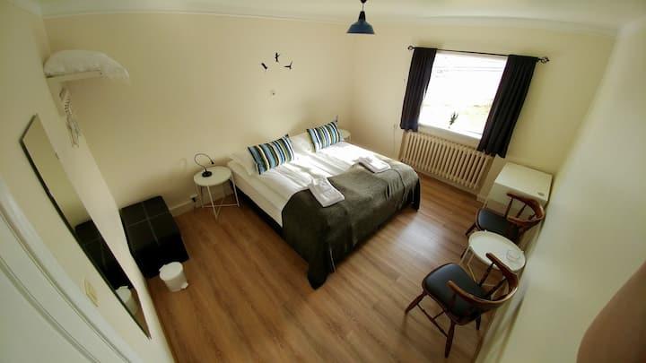 Sigurhæð Apartment Room 1