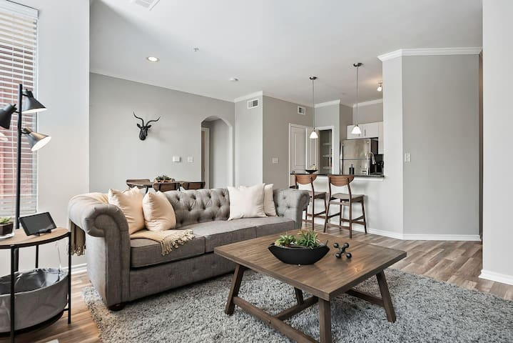 JURNY | City Place | Stunning 1bd in Uptown