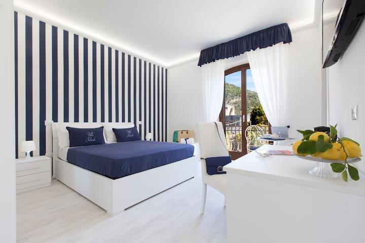 Villa Iolanda - La Blue