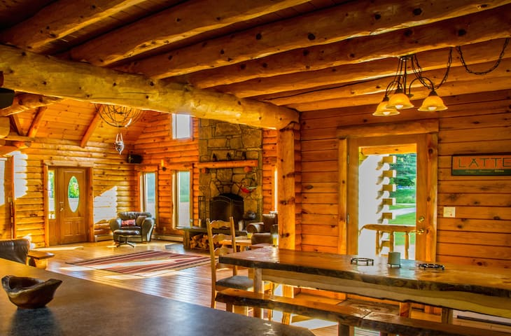 The Cabin that brings people together