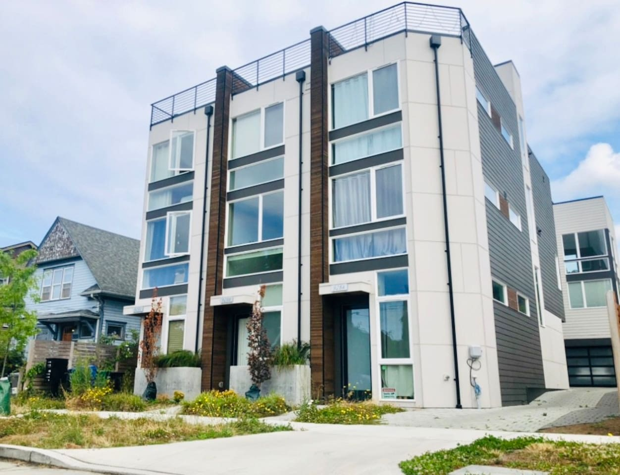 Stunning townhome with two rooftop decks. Modern and contemporary design. Built in July 2019 in the heart of Ballard.