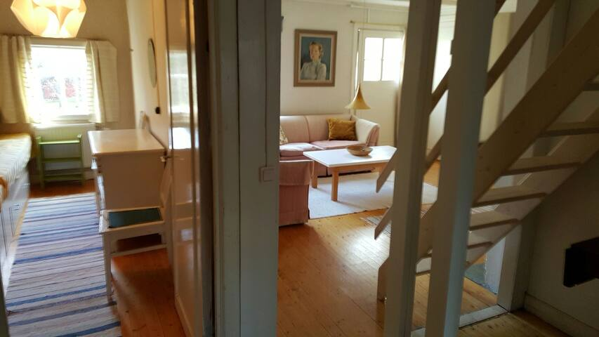 Hall/stairway to floor 3