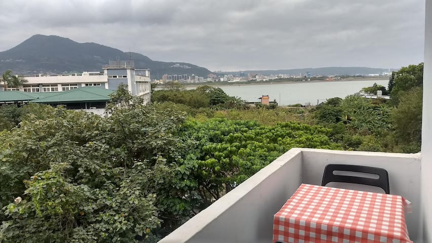 Tamsui River View Appartment 美麗,安靜的臨水全套房