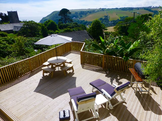 One Bed Apartment in Talland Bay