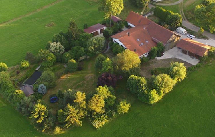 Idyllisches Landhaus in der Natur für 10 Personen - Dietmannsried