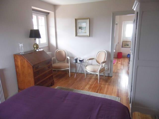 Eretorzahar Chambre de Milafranga - Villefranque - Bed & Breakfast