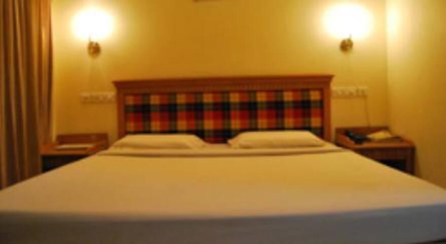 Sree Nandanam Residency AC suite Flat @ Guruvayur