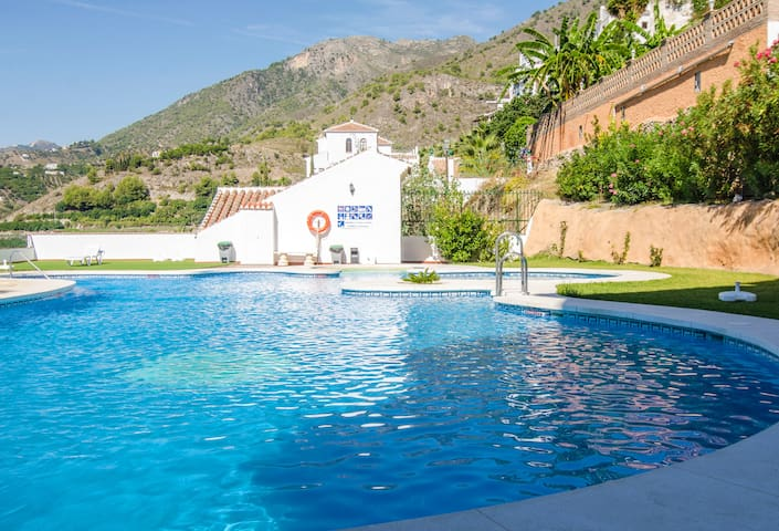 New apartment with swimming pool - Frigiliana - Daire