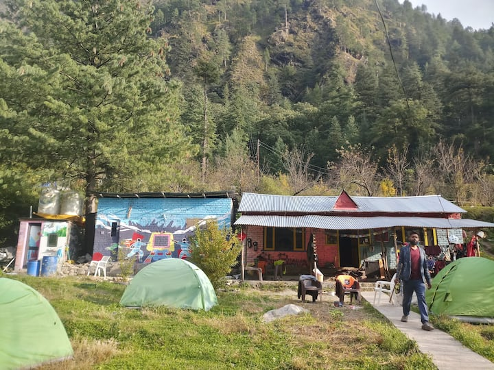 Exclusive Community Camping Hostel In Himalayas