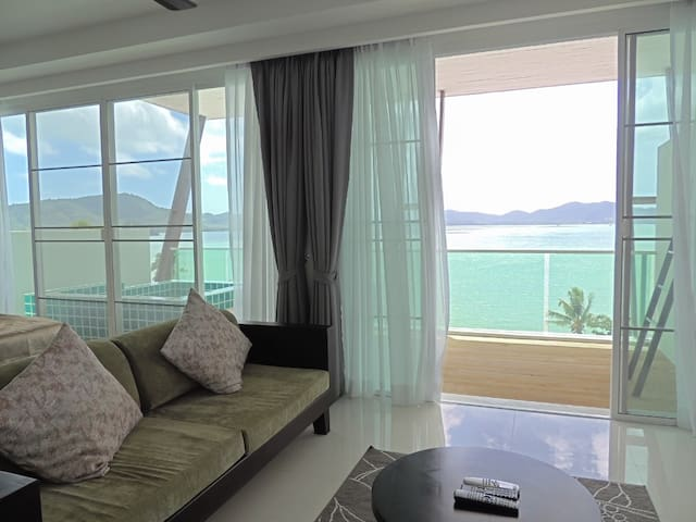 Seaview Luxury Loft Beachfront Pool - Wichit - อพาร์ทเมนท์