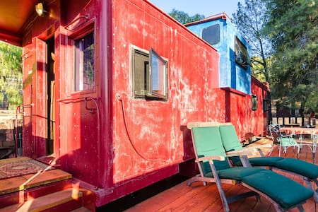 Train Caboose with view near Malibu - Agoura Hills - Train