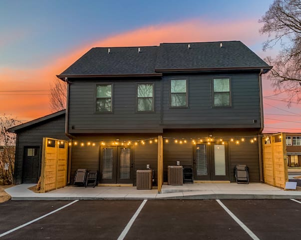 The Wells *NEW Spacious Townhome Near Downtown* #E