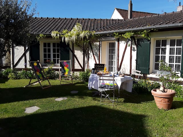 """LES OYATS "" chambre d'hôtes"