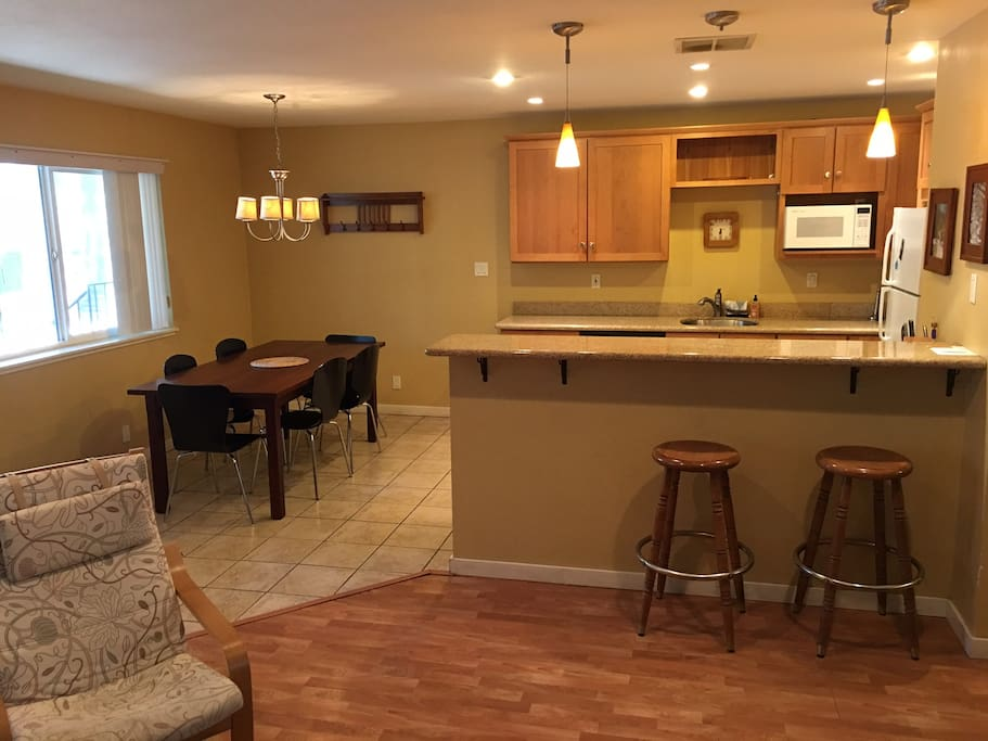 Open floor plan with kitchen/dining area and living room.