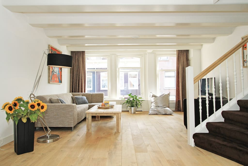 W 120 m2 double floor 2 bedr 2bathr jordaan apt e for Appartamenti amsterdam jordaan