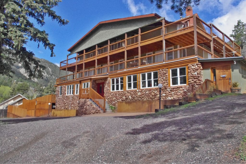 green mountain falls Green mountain falls, colorado has 2,110 members this page is for folks who enjoy green mountain falls please limit posts and photos to items relevant.