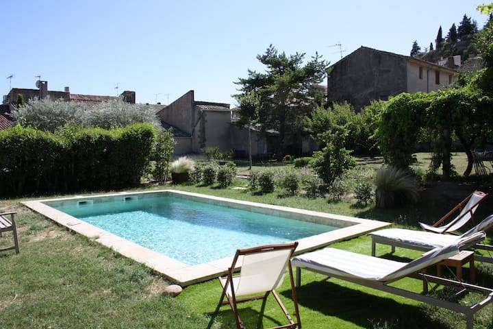 Maison de Jalna - Cadenet - Bed & Breakfast