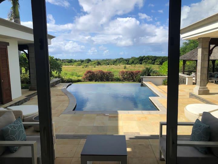4 Bedrooms Garden View Villa | Heritage The Villas