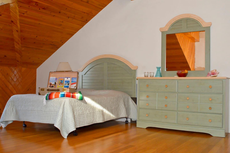 """Unser """"Happy B & B"""" auf New Providence/Nassau im Westen der Insel mit Meerblick. Deutsch - Bahamesisches Paar bietet Ihnen einen entspannten Aufenthalt abseits der Touri-Fallen. Seien Sie herzlich willkommen. Großes Zimmer mit Blick auf den Atlantik. Vent"""