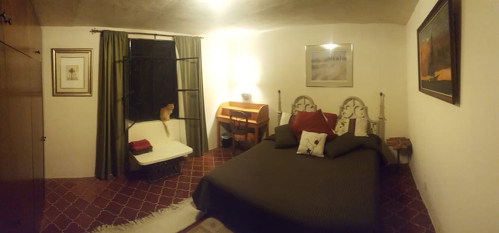 Hacienda de MarkO Room #3