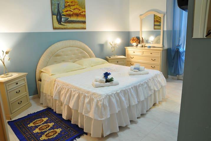 """b&b """"Oasi del Relax"""" suite Azzurra - Civitavecchia"""
