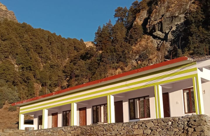 Himrab home Stay chopta