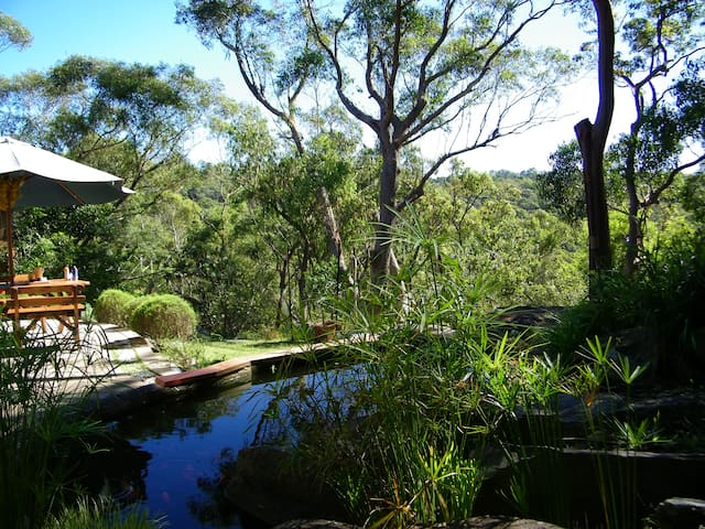On the edge of Bushland in Sydney  - St Ives - Haus
