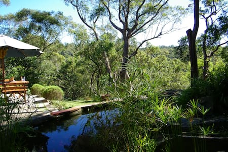 On the edge of Bushland in Sydney  - St Ives - 独立屋