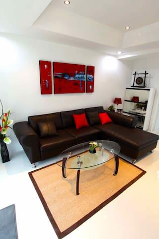 Brand New Luxery 3 Story Condo - Kammala - Apartment