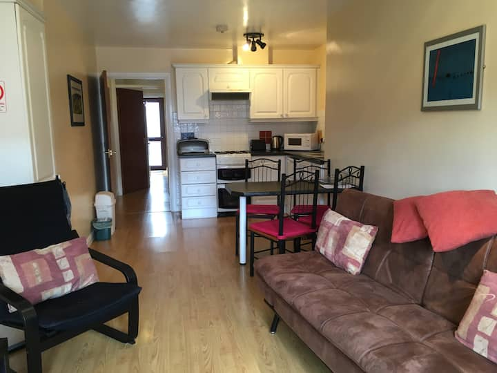 Primrose Apartments 3 Star D  fully self contained