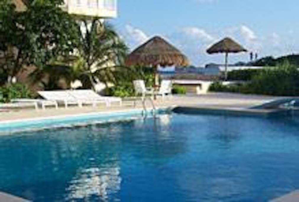 This is the swimmingpool