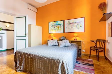 B&B 4thFloor  tra San Pietro e Castel S. Angelo - Rome - Bed & Breakfast