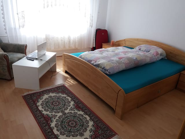 private shared room - Duisburg - Mobilyalı daire