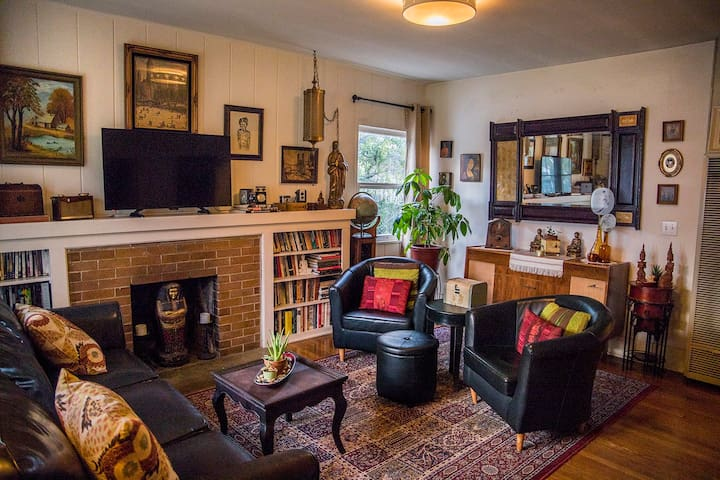 Room in Pasadena House – 1/4 mile to Rose Bowl