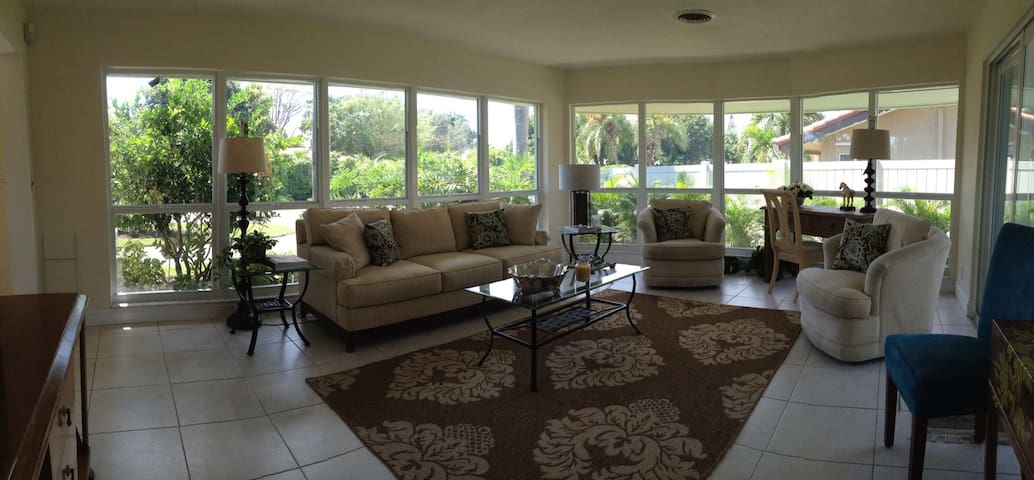 Tropical house in Coral Ridge. - Fort Lauderdale - Casa