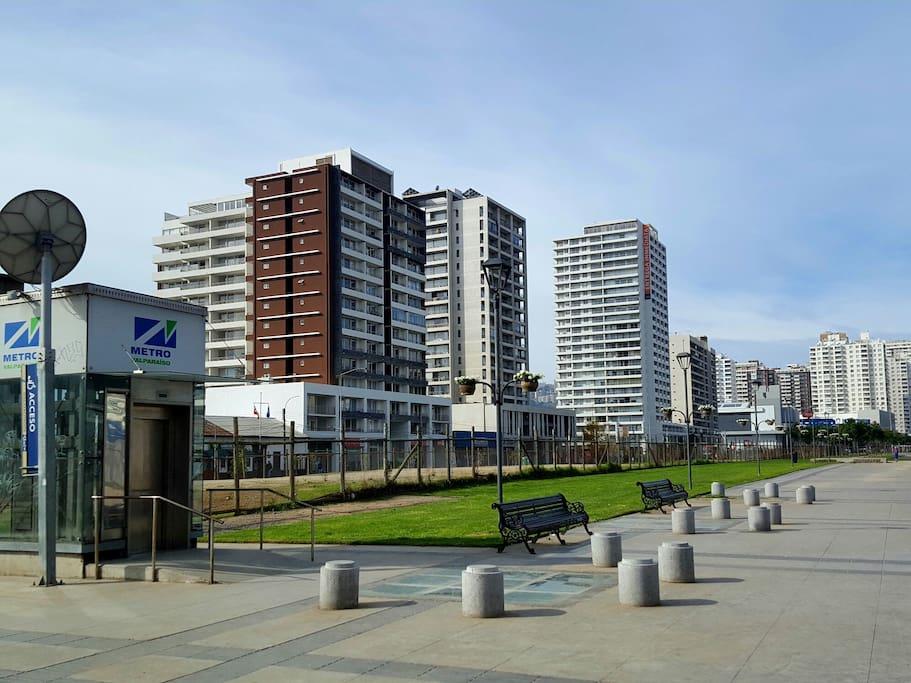 Edificio a pasos de estación de metro Viña del Mar