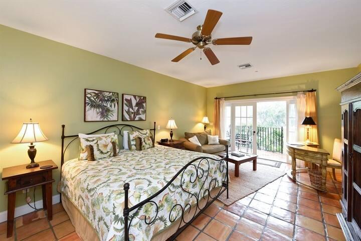 Everglades Room - Grandview Gardens Bed & Breakfast